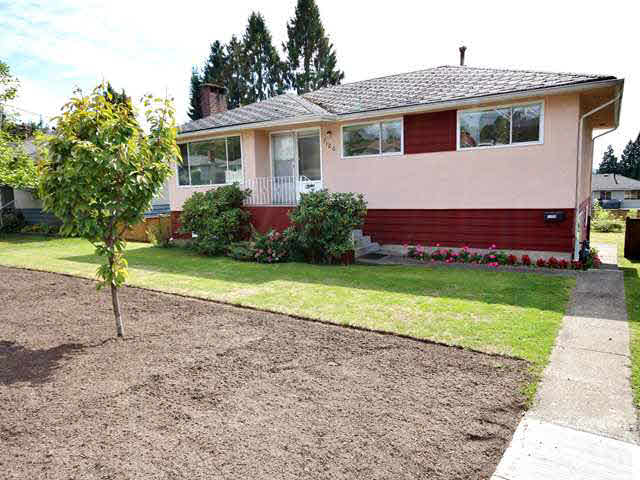 Main Photo: 7120 GIBSON Street in Burnaby: Montecito House for sale (Burnaby North)  : MLS(r) # V1142713