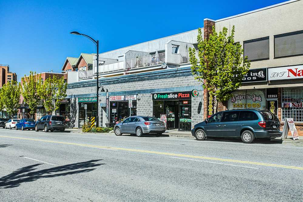 Main Photo: 202 22347 LOUGHEED Highway in Maple Ridge: West Central Condo for sale : MLS(r) # R2055111