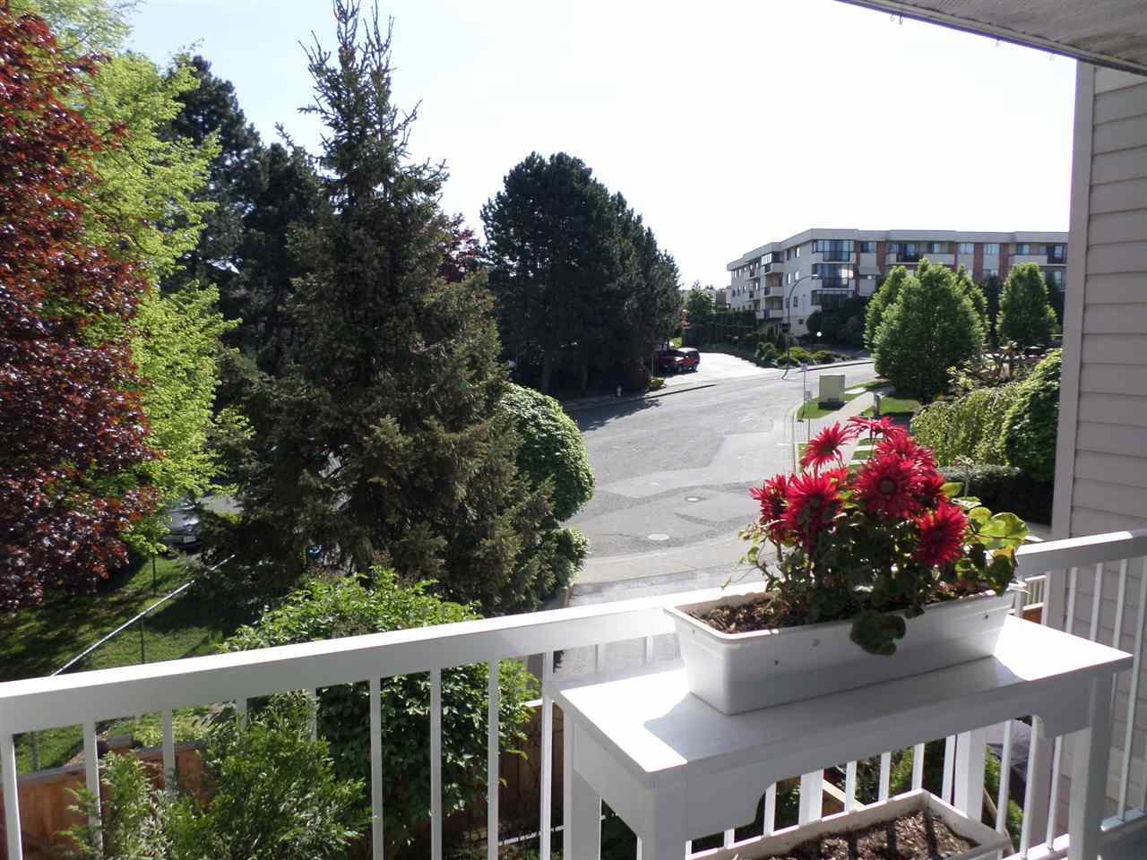 "Photo 18: 204 2963 NELSON Place in Abbotsford: Central Abbotsford Condo for sale in ""Bramblewoods"" : MLS(r) # R2059886"