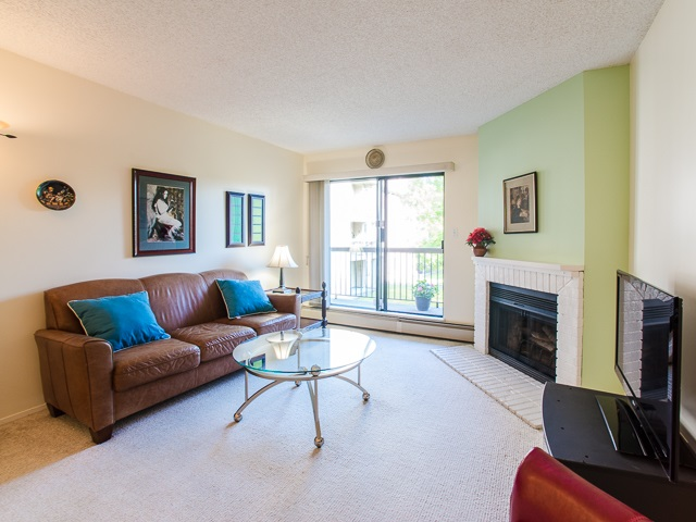 "Photo 9: 203 8511 WESTMINSTER Highway in Richmond: Brighouse Condo for sale in ""WESTHAMPTON COURT"" : MLS® # R2062242"