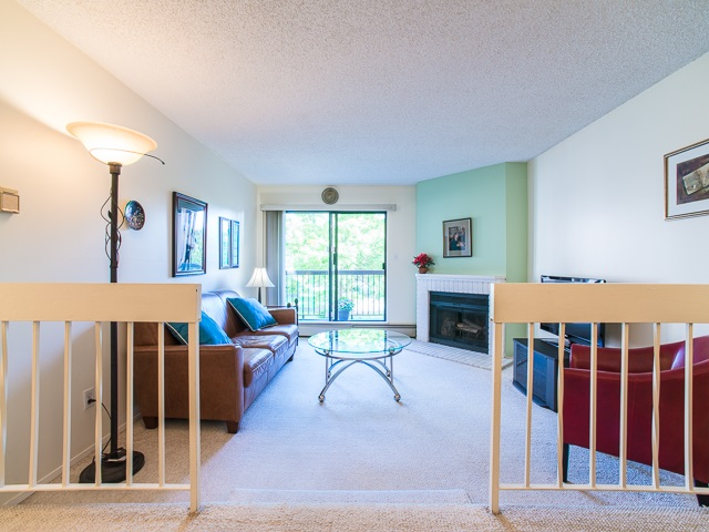 "Photo 5: 203 8511 WESTMINSTER Highway in Richmond: Brighouse Condo for sale in ""WESTHAMPTON COURT"" : MLS® # R2062242"