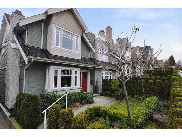 Main Photo: 4468 W 8TH AVENUE in : Point Grey Townhouse for sale : MLS® # V940064