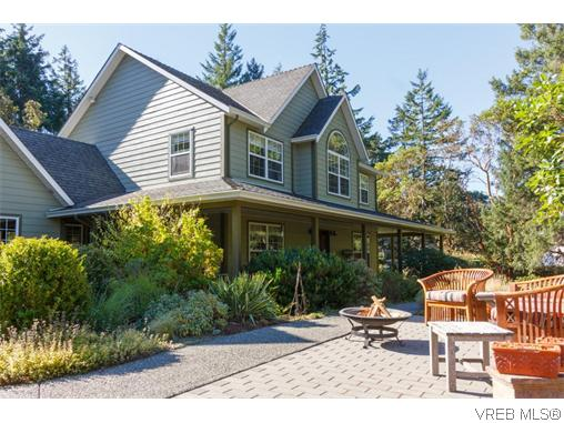 Photo 2: 3920 HiMount Drive in VICTORIA: Me Metchosin Single Family Detached for sale (Metchosin)  : MLS(r) # 370118