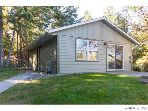Photo 15: 3920 HiMount Drive in VICTORIA: Me Metchosin Single Family Detached for sale (Metchosin)  : MLS(r) # 370118