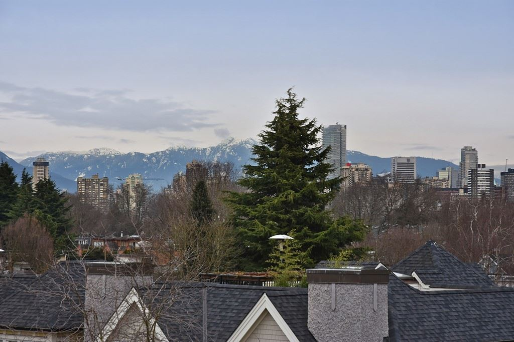 Photo 13: 402 1665 ARBUTUS Street in Vancouver: Kitsilano Condo for sale (Vancouver West)  : MLS(r) # R2134483
