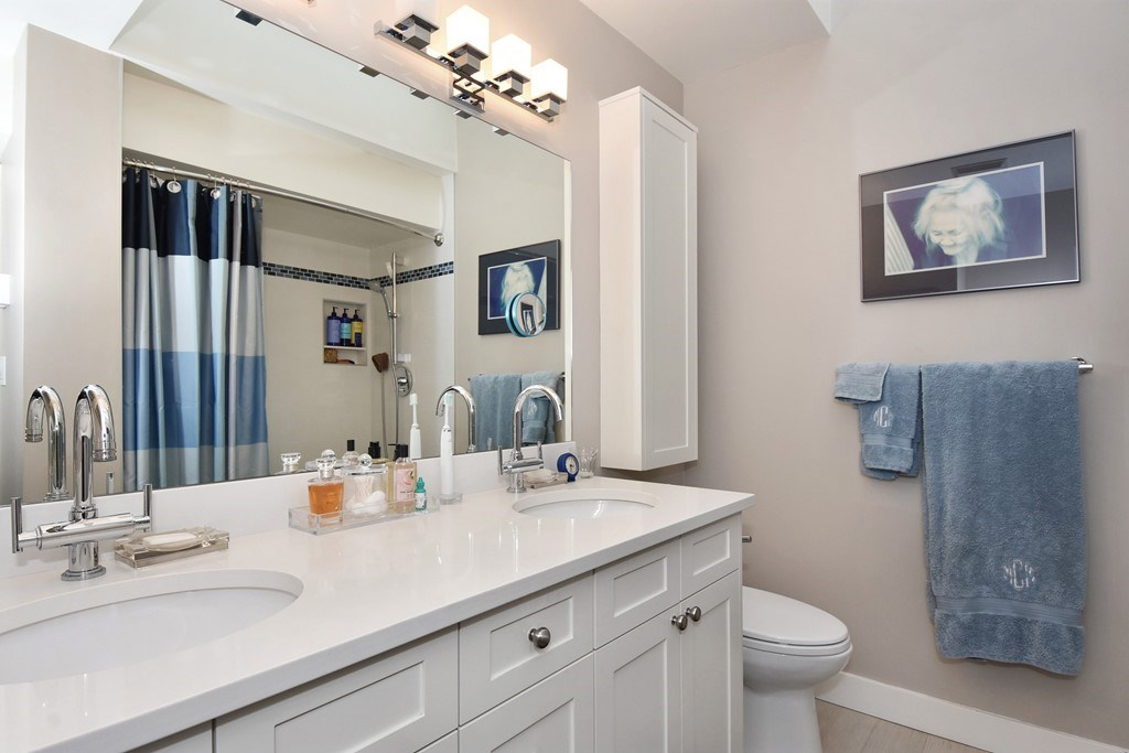Photo 11: 402 1665 ARBUTUS Street in Vancouver: Kitsilano Condo for sale (Vancouver West)  : MLS(r) # R2134483