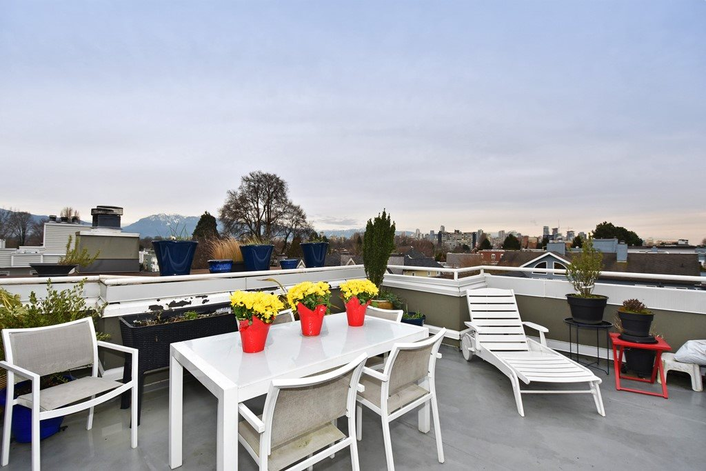 Photo 12: 402 1665 ARBUTUS Street in Vancouver: Kitsilano Condo for sale (Vancouver West)  : MLS® # R2134483