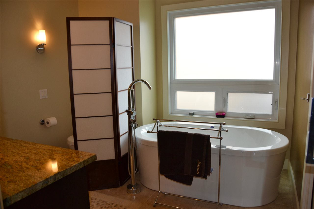 Beautifully renovated ensuite bathroom