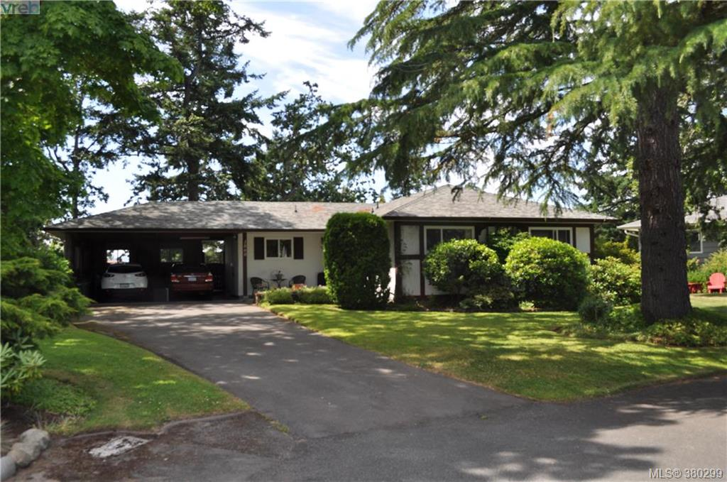 Main Photo: 1860 Ventura Way in VICTORIA: SE Lambrick Park Single Family Detached for sale (Saanich East)  : MLS(r) # 380299