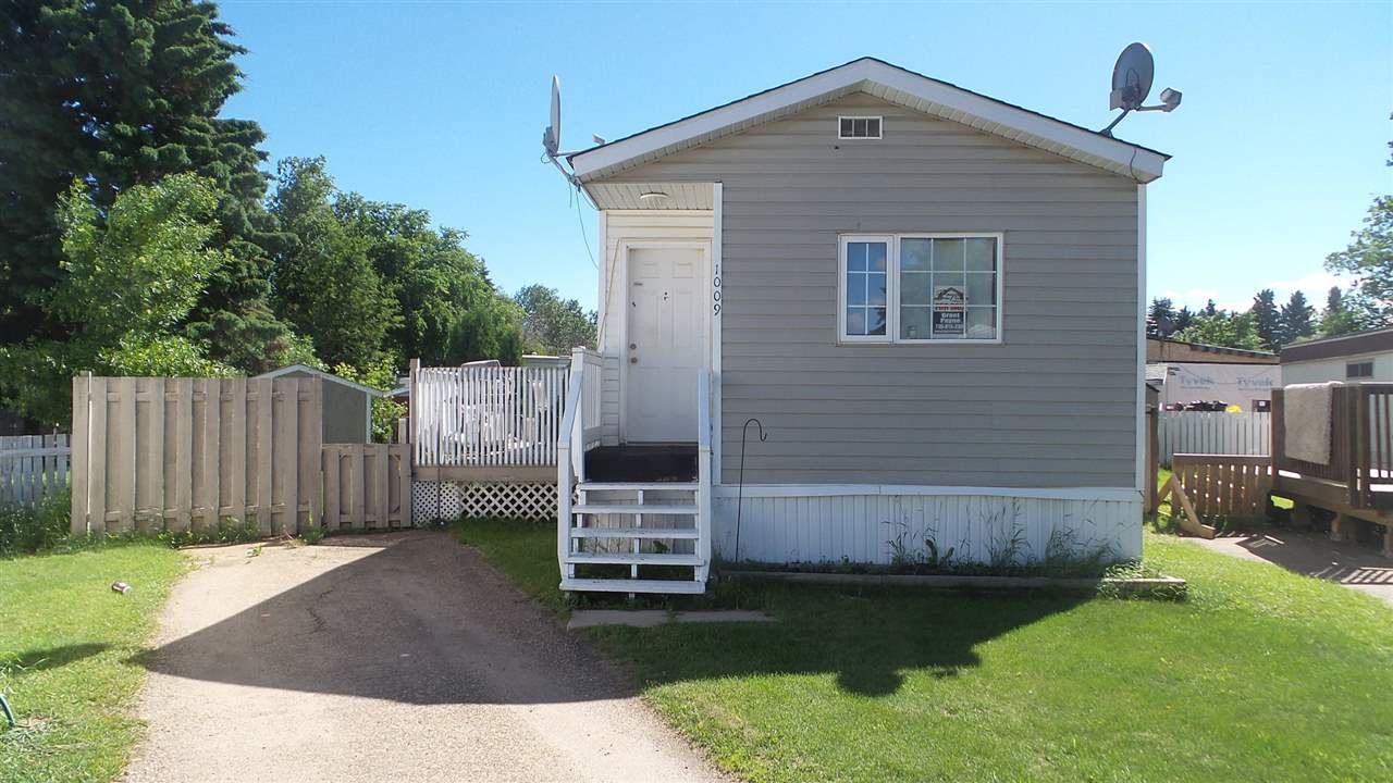 Main Photo: 1009 10770 Winterburn Road NW in Edmonton: Zone 59 Mobile for sale : MLS® # E4075022