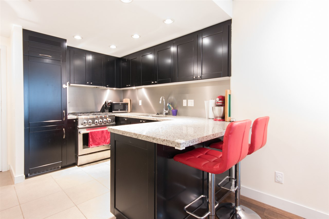 "Main Photo: 402 1133 HOMER Street in Vancouver: Yaletown Condo for sale in ""H&H"" (Vancouver West)  : MLS®# R2203099"