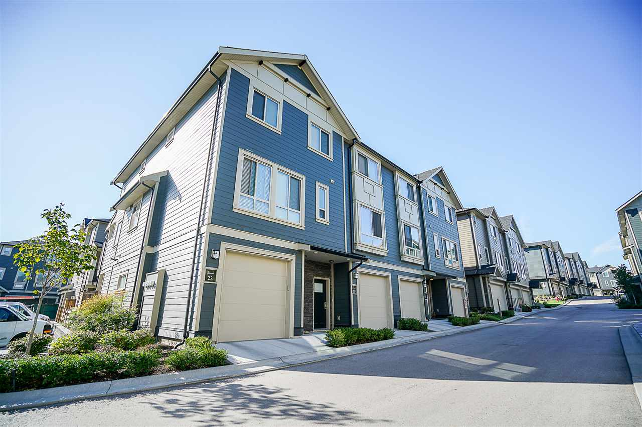 "Photo 19: 22 19913 70 Avenue in Langley: Willoughby Heights Townhouse for sale in ""The Brooks"" : MLS® # R2204003"
