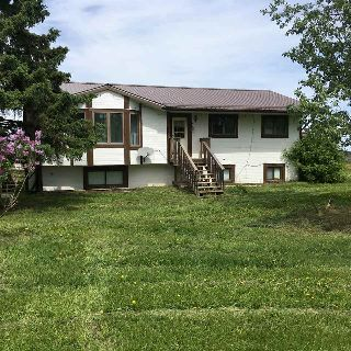 Main Photo: 8526 TWP 563: Rural Lac Ste. Anne County House for sale : MLS® # E4084546