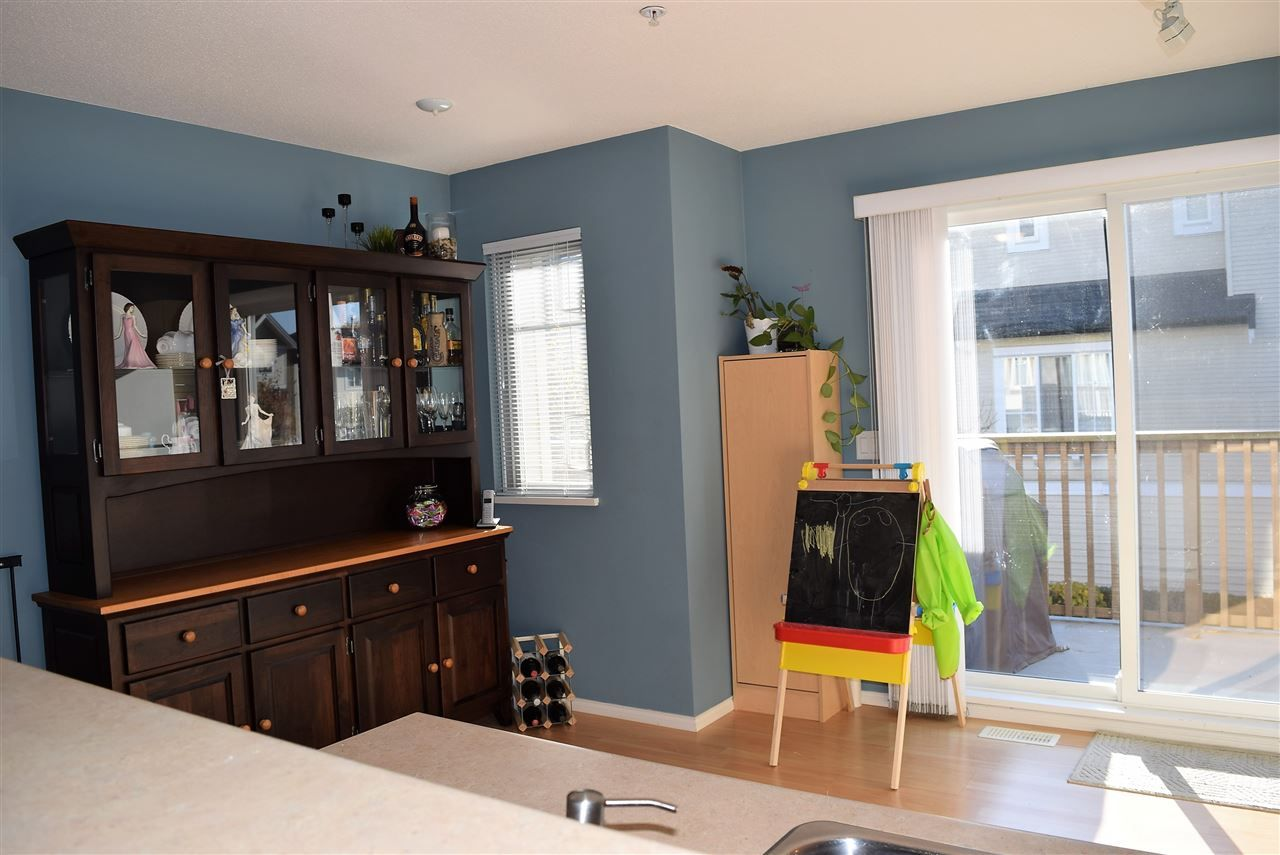 "Photo 4: Photos: 1 20560 66 Avenue in Langley: Willoughby Heights Townhouse for sale in ""Amberleigh 2"" : MLS® # R2219692"