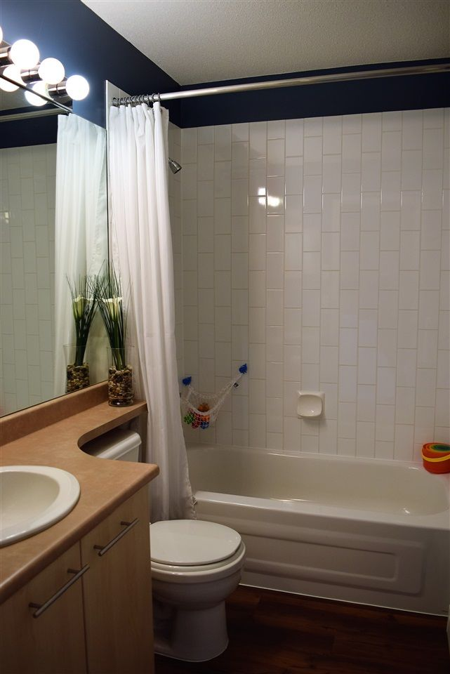 "Photo 15: Photos: 1 20560 66 Avenue in Langley: Willoughby Heights Townhouse for sale in ""Amberleigh 2"" : MLS® # R2219692"
