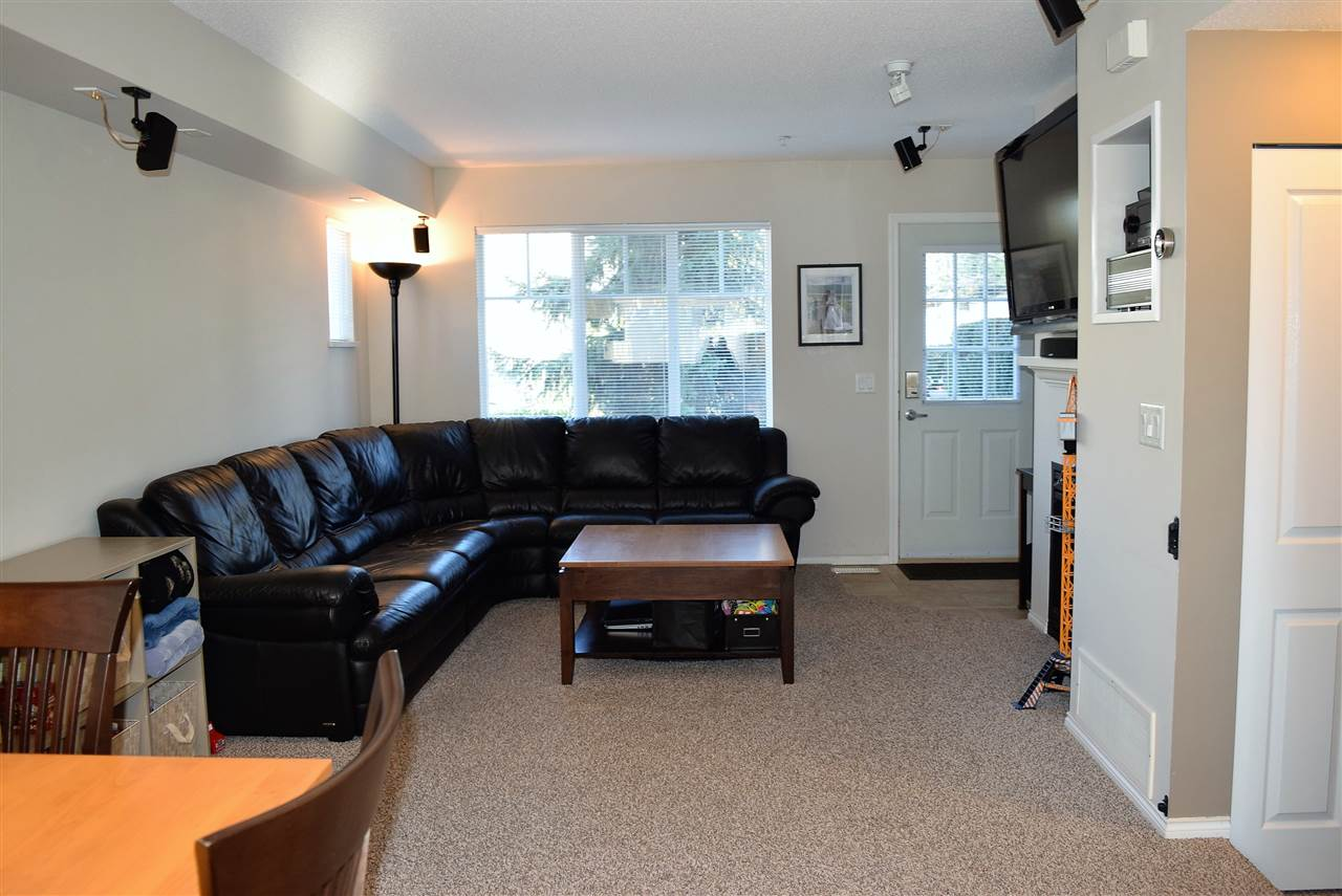 "Photo 9: Photos: 1 20560 66 Avenue in Langley: Willoughby Heights Townhouse for sale in ""Amberleigh 2"" : MLS® # R2219692"