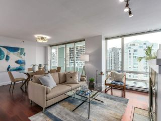 "Main Photo: 2001 1500 HORNBY Street in Vancouver: Yaletown Condo for sale in ""888 Beach"" (Vancouver West)  : MLS® # R2225315"