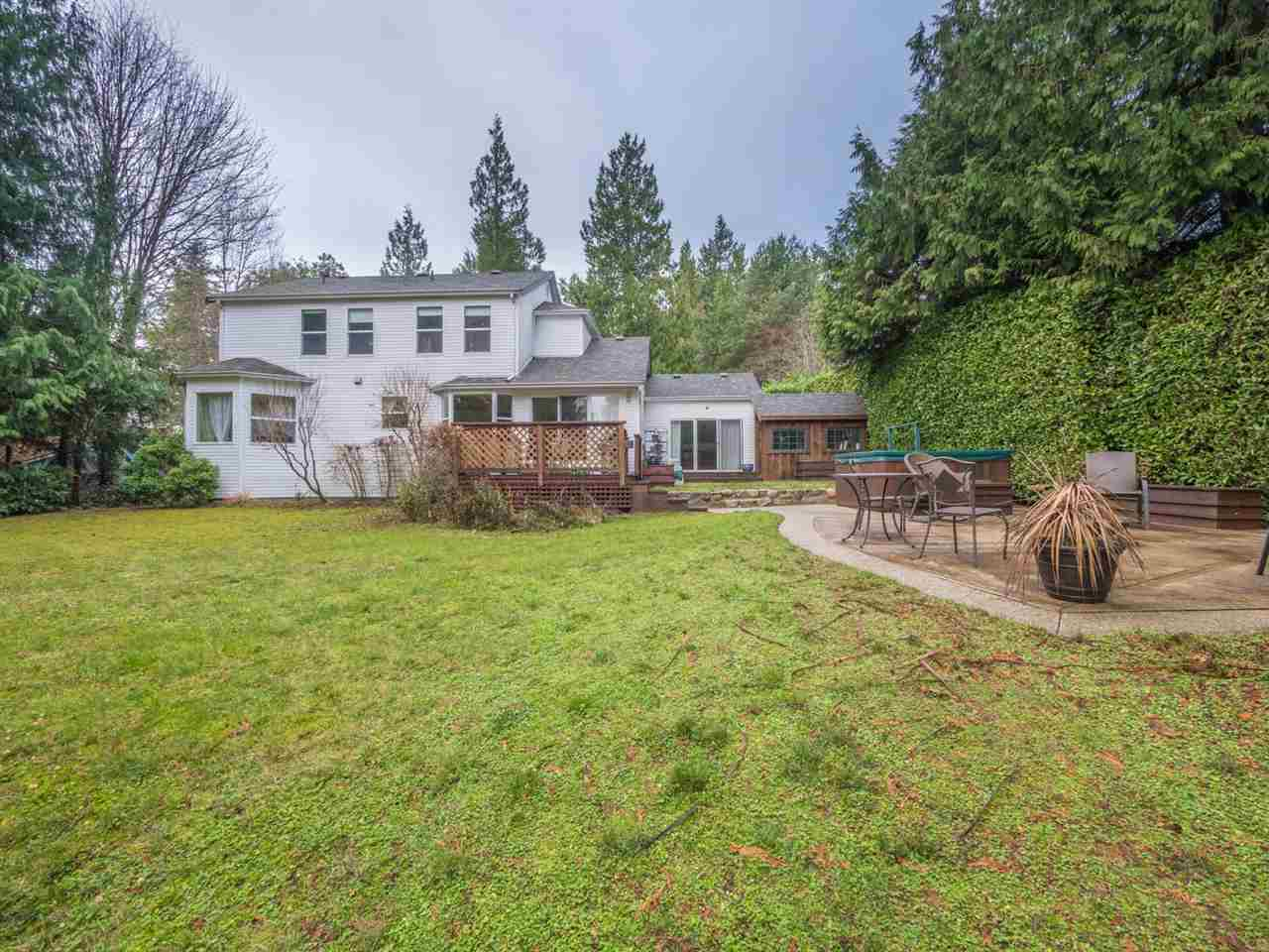 "Photo 18: Photos: 8130 CEDARWOOD Road in Halfmoon Bay: Halfmn Bay Secret Cv Redroofs House for sale in ""WELCOME WOODS"" (Sunshine Coast)  : MLS®# R2228689"