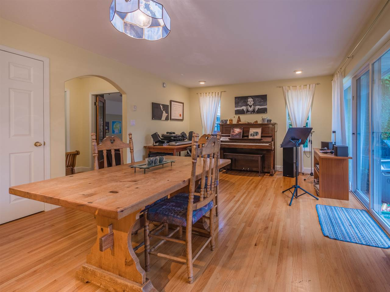 "Photo 5: Photos: 8130 CEDARWOOD Road in Halfmoon Bay: Halfmn Bay Secret Cv Redroofs House for sale in ""WELCOME WOODS"" (Sunshine Coast)  : MLS®# R2228689"