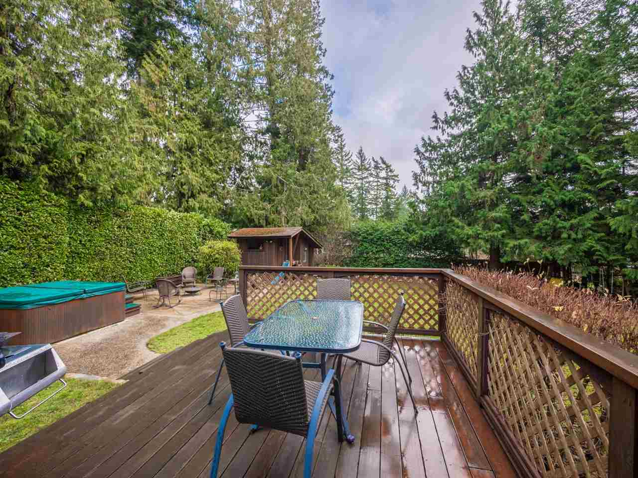 "Photo 13: Photos: 8130 CEDARWOOD Road in Halfmoon Bay: Halfmn Bay Secret Cv Redroofs House for sale in ""WELCOME WOODS"" (Sunshine Coast)  : MLS®# R2228689"