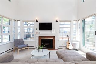 "Main Photo: 403 3788 W 8TH Avenue in Vancouver: Point Grey Condo for sale in ""LA MIRADA"" (Vancouver West)  : MLS®# R2290717"
