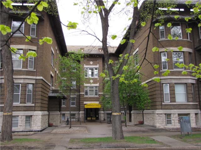 Main Photo: 778 McMillan Avenue in WINNIPEG: Fort Rouge / Crescentwood / Riverview Condominium for sale (South Winnipeg)  : MLS® # 1121100