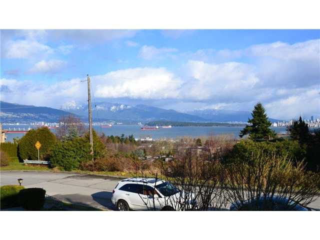 Main Photo: 4508 BELLEVUE Drive in Vancouver: Point Grey House for sale (Vancouver West)  : MLS®# V928273