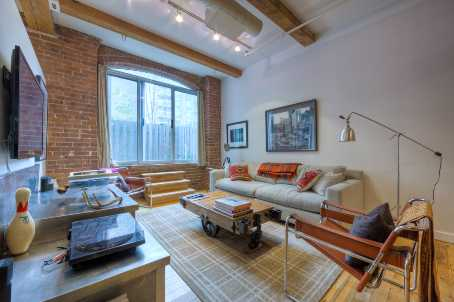 Photo 2: 6 90 Sherbourne Street in Toronto: Moss Park Condo for sale (Toronto C08)  : MLS(r) # C2514441