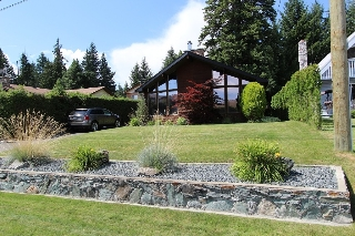 Main Photo: 1301 Deodar Road in Scotch Creek: House for sale : MLS®# 10097025