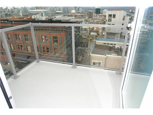 "Photo 5: 502 250 E 6TH Avenue in Vancouver: Mount Pleasant VE Condo for sale in ""District"" (Vancouver East)  : MLS(r) # V1047852"