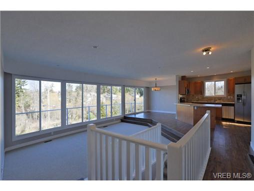 Photo 8: 3948 Interurban Road in VICTORIA: SW Interurban Single Family Detached for sale (Saanich West)  : MLS(r) # 333599