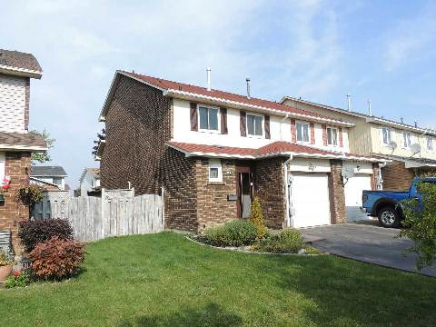 Main Photo: 44 Rusthall Way in Brampton: Madoc House (2-Storey) for sale : MLS(r) # W3034620