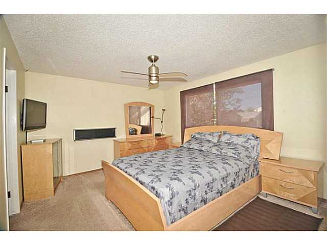 Photo 13: 56 WHITWORTH Road NE in Calgary: Whitehorn Residential Detached Single Family for sale : MLS® # C3638503