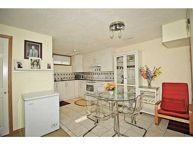 Photo 19: 56 WHITWORTH Road NE in Calgary: Whitehorn Residential Detached Single Family for sale : MLS® # C3638503