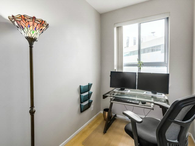 "Photo 7: PH13 511 W 7TH Avenue in Vancouver: Fairview VW Condo for sale in ""Beverly Gardens"" (Vancouver West)  : MLS® # V1140622"