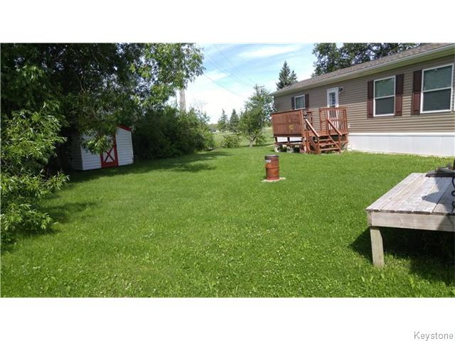 Main Photo: 52 Alder Crescent in Pine Ridge: Pineridge Trailer Park Residential for sale (R02)  : MLS® # 1609234