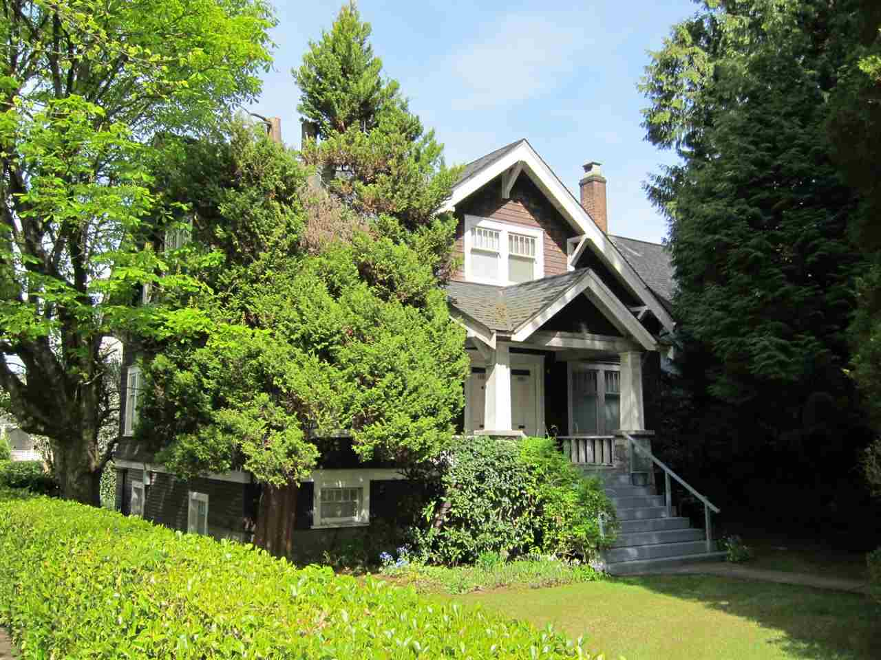 Main Photo: 1893 - 1895 W 15TH Avenue in Vancouver: Kitsilano House for sale (Vancouver West)  : MLS® # R2062477