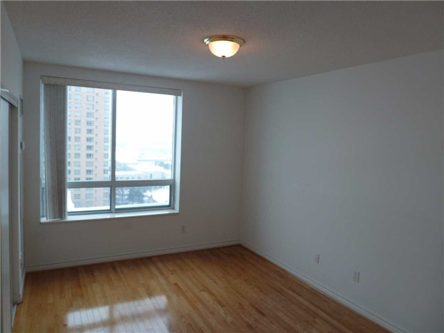 Photo 4: Ph69 123 Omni Drive in Toronto: Bendale Condo for lease (Toronto E09)  : MLS(r) # E3683122