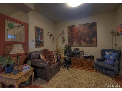 Photo 10: 2798 Guyton Way in VICTORIA: La Langford Lake Single Family Detached for sale (Langford)  : MLS(r) # 373828