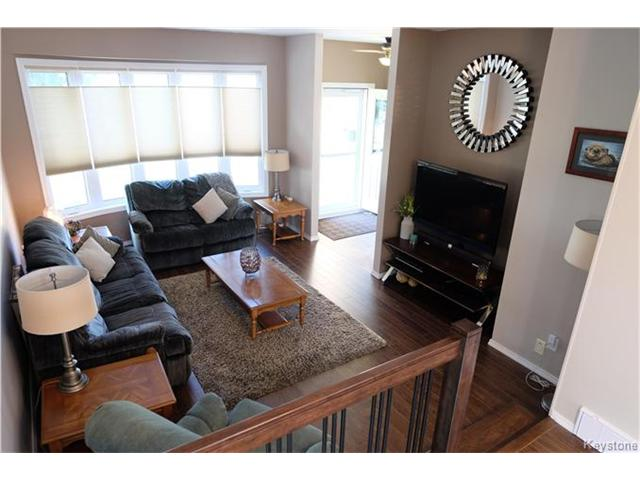 Photo 2: 311 Rose Hill Way in Winnipeg: Meadows West Residential for sale (4L)  : MLS(r) # 1708911
