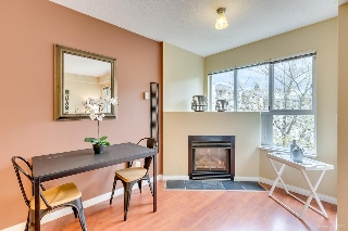 "Main Photo: 514 528 ROCHESTER Avenue in Coquitlam: Coquitlam West Condo for sale in ""THE AVE"" : MLS® # R2159832"
