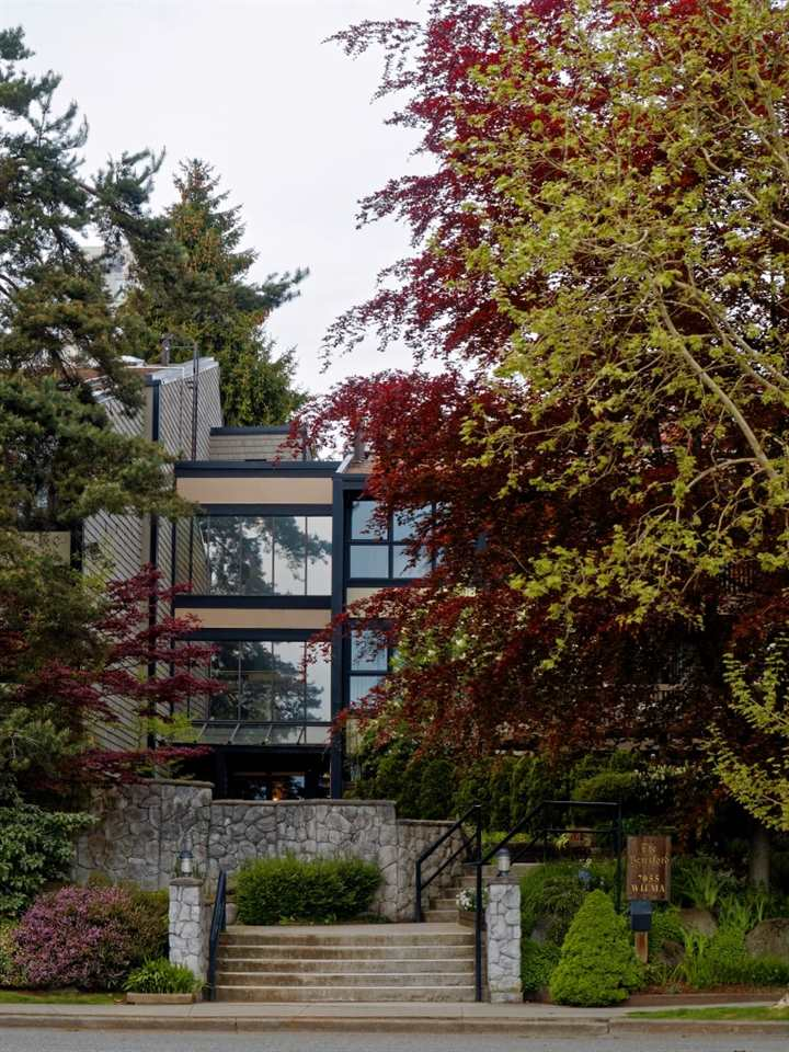 "Main Photo: 312 7055 WILMA Street in Burnaby: Highgate Condo for sale in ""THE BERESFORD"" (Burnaby South)  : MLS®# R2165212"
