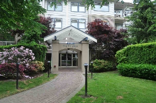 Main Photo: 211 15210 GUILDFORD Drive in Surrey: Guildford Condo for sale (North Surrey)  : MLS(r) # R2173773