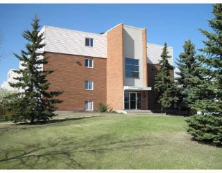Main Photo: 146 17120 86 Avenue in Edmonton: Zone 20 Condo for sale : MLS(r) # E4069222