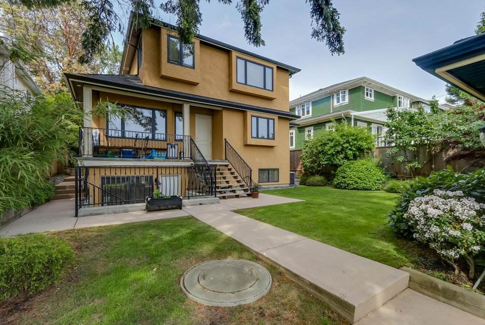 Photo 16: 2388 W 19TH Avenue in Vancouver: Arbutus House for sale (Vancouver West)  : MLS(r) # R2179073