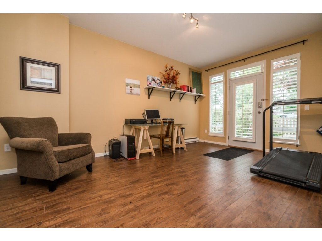 "Photo 17: 5 5240 OAKMOUNT Crescent in Burnaby: Oaklands Townhouse for sale in ""SANTA CLARA"" (Burnaby South)  : MLS(r) # R2179192"