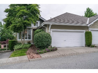 "Main Photo: 5 5240 OAKMOUNT Crescent in Burnaby: Oaklands Townhouse for sale in ""SANTA CLARA"" (Burnaby South)  : MLS(r) # R2179192"