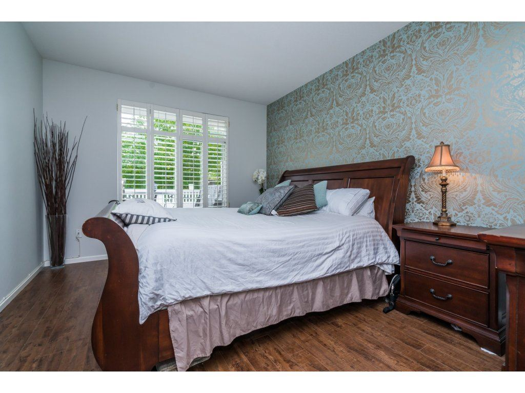 "Photo 13: 5 5240 OAKMOUNT Crescent in Burnaby: Oaklands Townhouse for sale in ""SANTA CLARA"" (Burnaby South)  : MLS(r) # R2179192"