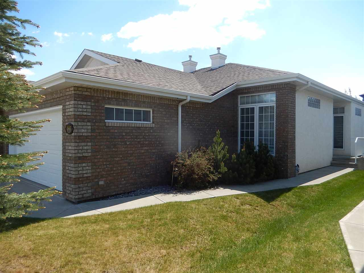 Main Photo: 1807 LATTA Place in Edmonton: Zone 14 House Half Duplex for sale : MLS(r) # E4070517