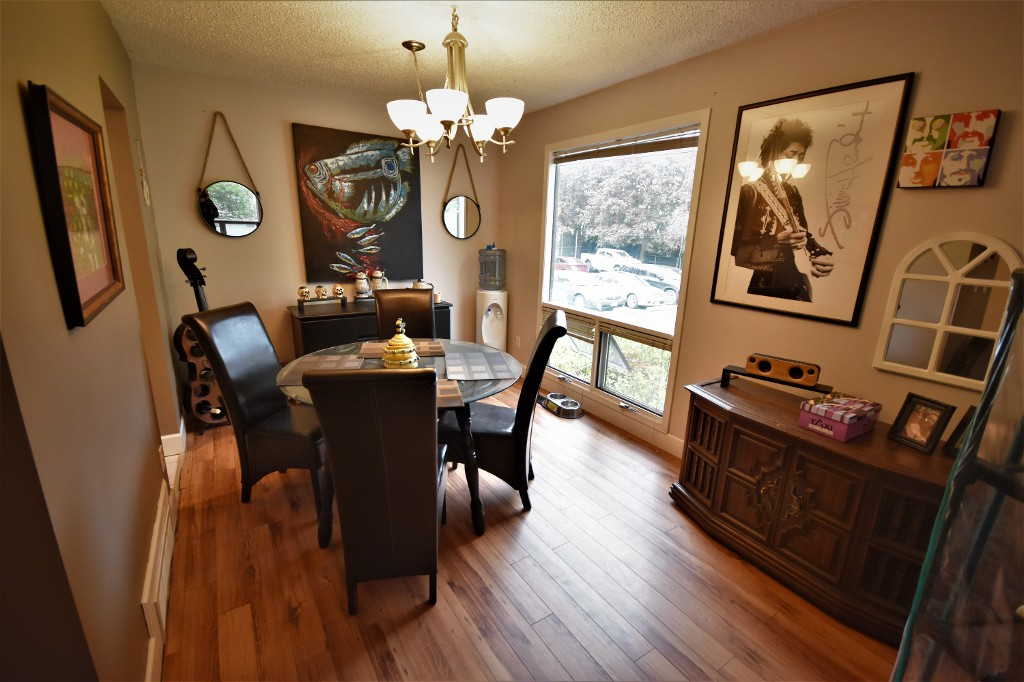 Photo 3: 308 2100 43 Avenue in Vernon: Harwood House for sale (North Okanagan)  : MLS(r) # 10134465